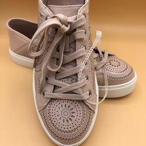 New listing! Aldo sneakers. Pale blush pink.8